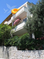 Holiday home 104303 - code 7549 - apartments makarska near sea