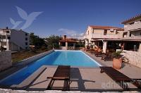 Holiday home 165687 - code 169200 - Apartments Povljana