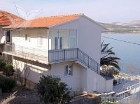 Holiday home 164213 - code 166214 - Apartments Slatine