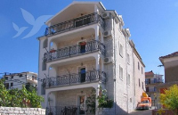 Holiday home 167922 - code 175395 - apartments trogir