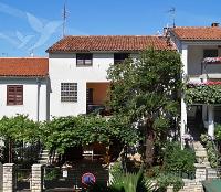 Holiday home 144316 - code 127967 - Apartments Porec