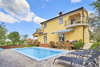 Holiday home 171369 - code 183303 - Apartments Umag