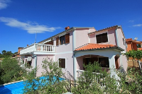 Holiday home 147692 - code 133485 - island brac house with pool