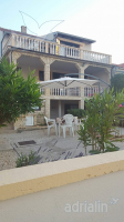 Holiday home 179052 - code 199599 - Apartments Vir