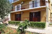 Holiday home 179646 - code 201678 - Apartments Stari Grad