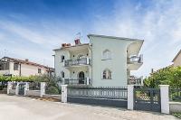 Holiday home 155108 - code 147260 - Apartments Umag