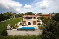 Holiday home 179454 - code 201006 - island brac house with pool