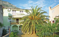 Holiday home 142190 - code 122709 - apartments makarska near sea