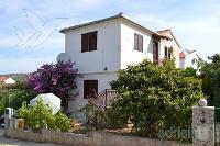 kuća za odmor 159204 - šifra 155683 - Milna