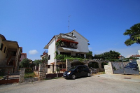 kuća za odmor 152901 - šifra 197868 - Novigrad