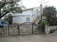 kuća za odmor 168900 - šifra 178140 - Apartmani Cizici