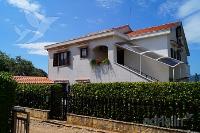 kuća za odmor 144471 - šifra 128342 - Apartmani Pinezici