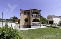 kuća za odmor 143303 - šifra 125502 - Apartmani Podgora