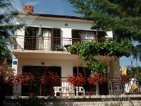 kuća za odmor 147227 - šifra 132577 - Apartmani Pinezici