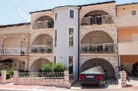 kuća za odmor 141284 - šifra 120418 - Apartmani Makarska