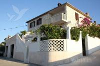 kuća za odmor 103515 - šifra 3744 - Postira