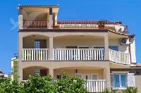 kuća za odmor 169695 - šifra 179907 - Apartmani Seget Vranjica