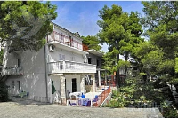Holiday home 159591 - code 156595 - Apartments Otok