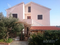 Holiday home 165498 - code 193407 - Apartments Otok
