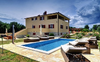 Holiday home 172593 - code 185757 - island brac house with pool
