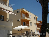 Holiday home 167994 - code 175632 - apartments makarska near sea