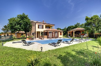 Holiday home 174531 - code 190632 - island brac house with pool