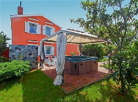 Holiday home 159596 - code 156563 - island brac house with pool