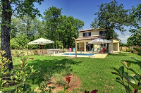 Holiday home 172272 - code 185130 - island brac house with pool