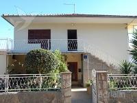 Holiday home 139614 - code 116590 - Apartments Stari Grad