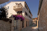 Holiday home 139849 - code 117177 - Rooms Hvar