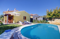 Holiday home 152439 - code 140707 - island brac house with pool