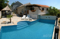 Holiday home 152262 - code 140317 - island brac house with pool