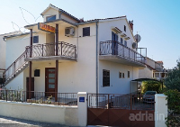 Holiday home 154363 - code 145224 - Apartments Brodarica