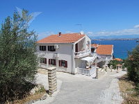 Holiday home 148168 - code 134748 - Apartments Ugljan