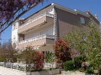 Holiday home 109784 - code 9880 - Apartments Seget Vranjica