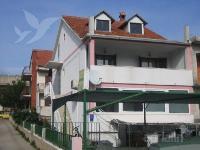 Holiday home 139684 - code 117068 - Apartments Stari Grad