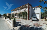 Holiday home 147717 - code 134309 - Apartments Vir