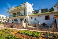 Holiday home 139906 - code 117517 - Rooms Mastrinka