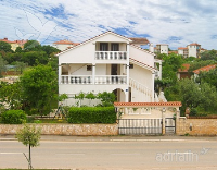 Holiday home 142363 - code 123105 - Peroj