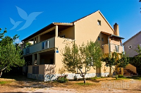 Holiday home 170505 - code 181479 - Apartments Pakostane