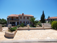 Holiday home 101584 - code 1666 - apartments in croatia