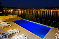 Holiday home 176076 - code 193635 - island brac house with pool