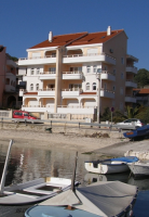 Holiday home 139194 - code 132992 - Okrug Gornji