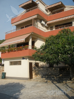 Holiday home 140078 - code 117767 - Apartments Primosten