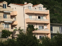 Holiday home 171546 - code 183648 - apartments makarska near sea