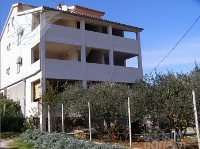 Holiday home 142154 - code 122613 - Apartments Ugljan