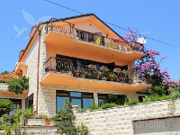 Holiday home 164451 - code 166760 - apartments trogir