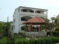 Holiday home 104140 - code 4211 - Lopar