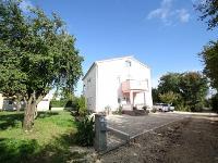 Holiday home 174231 - code 189897 - Apartments Funtana