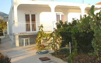 Holiday home 108005 - code 8092 - Apartments Seget Vranjica